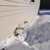 Furnace exhaust vent